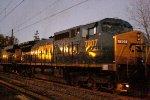 CSX 7807 on Q034